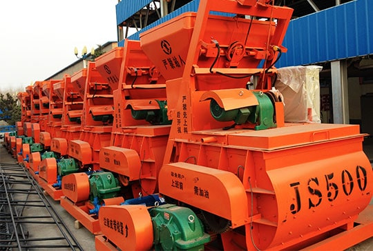https://www.block-machine.net/wp-content/uploads/2019/06/5-LONTTO-interlocking-brick-machine-with-JS500-concrete-mixer.jpg