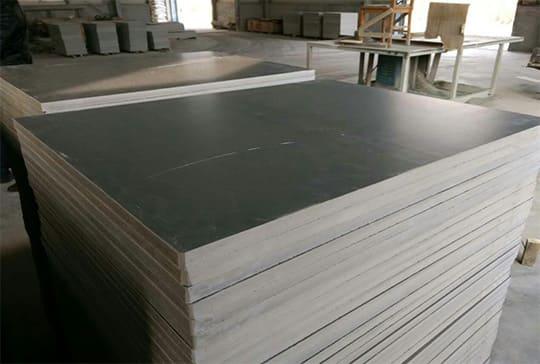 https://www.block-machine.net/wp-content/uploads/2019/12/pvc-pallet-factory-min.jpg