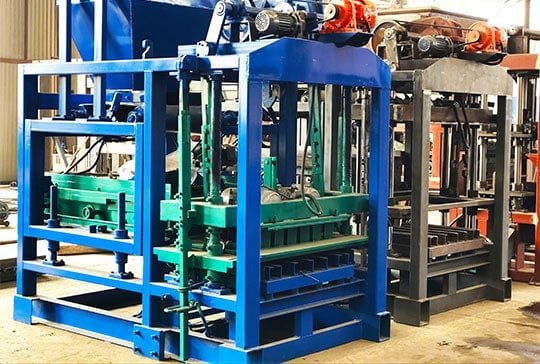 https://www.block-machine.net/wp-content/uploads/2020/10/concrete-brick-making-machine-for-sale-mozambique.jpg